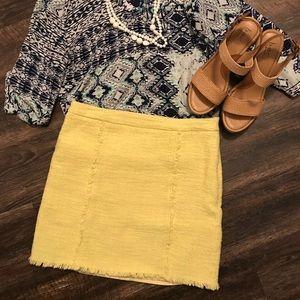 Tweed yellow 💛 skirt